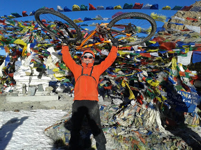 How to: Hike-a-Bike Thorong La, Annapurna – Yak Attack.