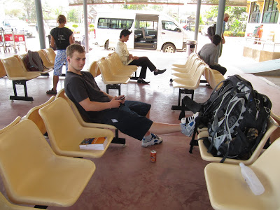 #DestinationUnknown – Independent Short-Haul Travel – Packing and the Pitfalls.
